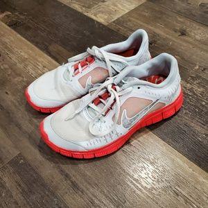Nike shoes 7.5